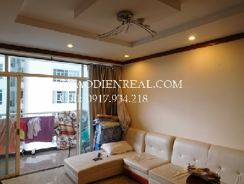 03 bedrooms apartment in Hoang Anh Riverview for rent.