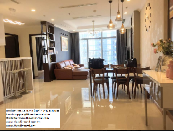 Apartment Vinhomes Central Park - thaodienreal.net  - Adress: 208 Nguyen Huu Canh Street, 21 Ward, Binh Thanh District  - Interior: furnished/ 3 bedroom  - Good Price: 1500$   Hotline: 0917.934.218 (Eng) - 0917.658.008  Email: