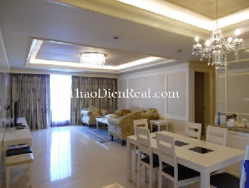 Classic style 3 bedrooms apartment in Cantavil Hoan Cau for rent.