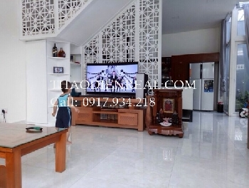Good looking villa in Tran Nao street.