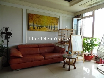 Hot-tone 3 bedrooms apartment in Cantavil for rent.