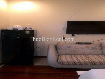 Lovely furnitures 1 bedroom serviced apartment in District 1. 