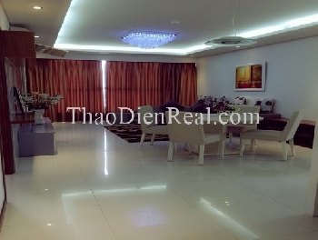 Lovely furnitures 3 bedrooms apartment in Thao Dien Pearl for rent.