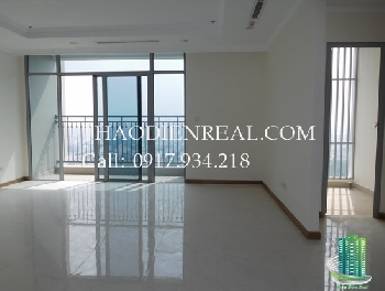 Nice 4-bedrooms Vinhomes Central Park for rent