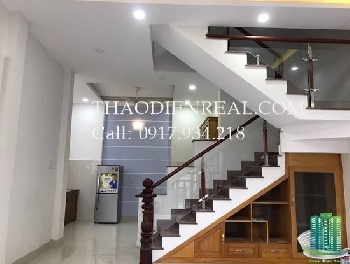 NICE HOUSE IN THAO DIEN, GOOD AND SAFE FOR RENT by Thaodienreal.com