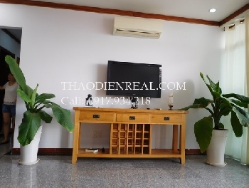Nice interior 4 bedrooms apartment in Hoang Anh Riverview for rent.