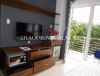 Nice studio service apartment in Vo Van Tan street for rent
