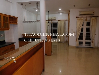 Nice villa 5 bedrooms in Pho Quang street for rent.