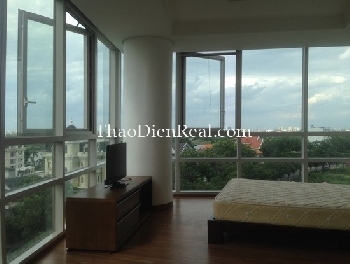 Partial furnitures 3 bedrooms apartment in Xi Riverview Palace for rent