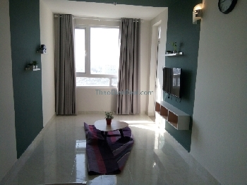 Pretty cool furnitures 2 bedrooms apartment in 90 Nguyen Huu Canh for rent.