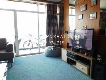 River view apartment 4 bedrooms in Hoang Anh Riverview for rent.