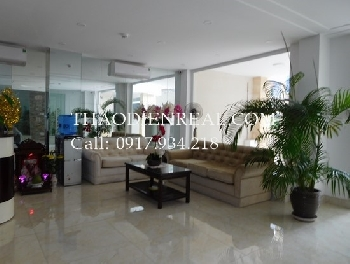 Studio serviced apartment in Nguyen Van Troi street.
