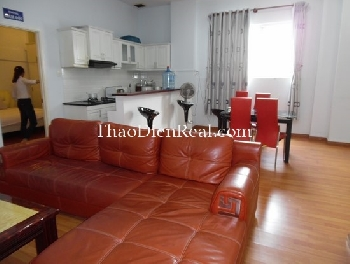 Serviced apartment 1 or 2 bedrooms near Super Bowl in district Tan Binh for rent.