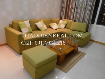 Simple 2  bedrooms apartment in Saigon Pearl for rent.