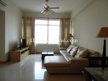 Simple furnitures 2 bedrooms apartment in Saigon Pearl for rent.