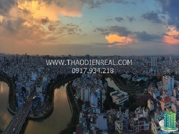 images/thumbnail/two-bedroom-apartment-in-horizon-building-very-nice-interior-right-in-the-heart-of-district-1_tbn_1489773056.jpg