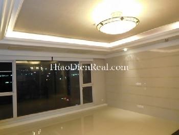 Unfurnished 3 bedrooms apartment in Cantavil for rent