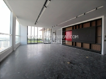 images/thumbnail/unfurnished-penthouse-in-thao-dien-pearl-for-rent_tbn_1478508199.jpg