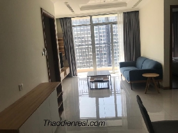 The apartment Vinhomes Central Park for rent - Thaodienreal.com 0917934218 - Central 3 - 208 Nguyen Huu Canh, Binh Thanh District - Interior: furnished - 2 bedroom; 90sqm, 44th floor  - Good Price: 950/month (included management fee)  Hotline: