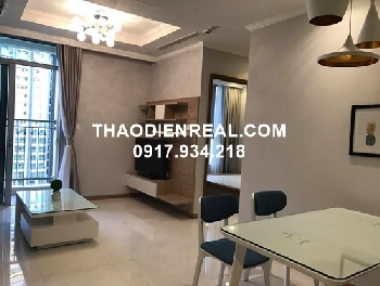 Vinhomes Central Park 2 bedroom apartment for rent by Thaodienreal.com
