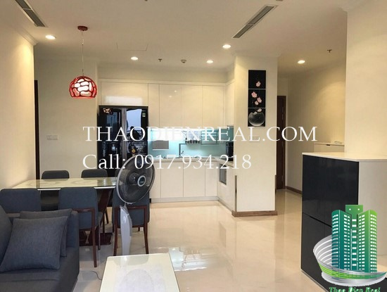 images/upload/brand-new-2-bedroom-vinhomes-central-park-in-tower-c3-for-rent-nice-furniture_1486461349.jpg