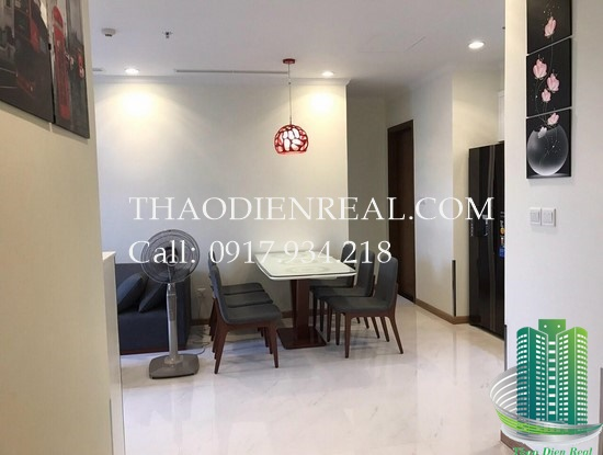 images/upload/brand-new-2-bedroom-vinhomes-central-park-in-tower-c3-for-rent-nice-furniture_1486461366.jpg