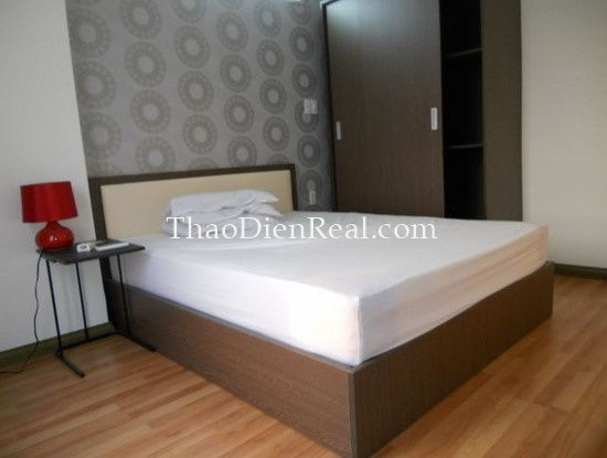 nice 2 bedrooms apartment in building 107 truong dinh for rent