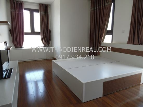 pearl - Cho thuê căn hộ 2 phòng ngủ xinh xắn ở Pearl Plaza  Nice-tone-2-bedrooms-apartment-in-pearl-plaza-for-rent_1478773204
