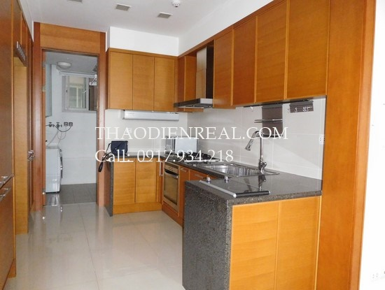 images/upload/nice-view-3-bedrooms-apartment-in-xi-riverview-palace-for-rent_1477647370.jpg