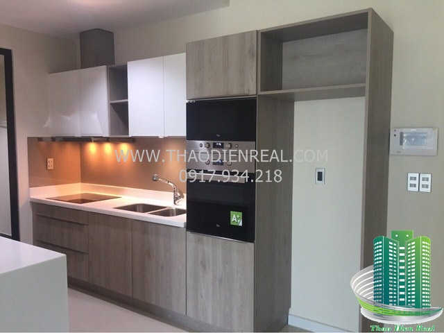 images/upload/the-ascent-thao-dien-for-rent-bedrooms-unfurnished-but-have-fridge-and-machine-washer--large-kitchen-design-by-thaodienreal-com_1498109227.jpg