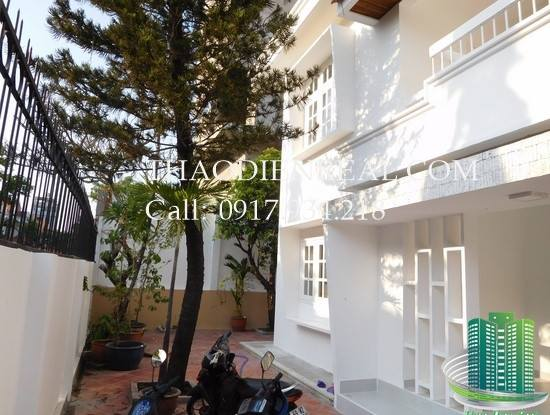 images/upload/villa-in-xuan-thuy-for-rent_1492751891.jpg