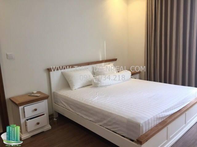 Vinhomes Central Park 3 bedroom for rent, Central tower, fully furnished, nice apartment  Vinhomes-central-park-3-bedroom-for-rent-central-tower-fully-furnished-vnh-24629_1506173090