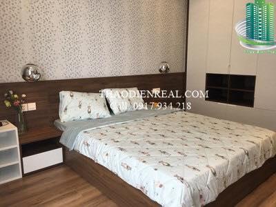 Vinhomes Central Park, 4-bedroom for rent, Landmark tower, fully furnished, nice apartment  Vinhomes-central-park-4-bedroom-for-rent-landmark-tower-fully-furnished_1505830874